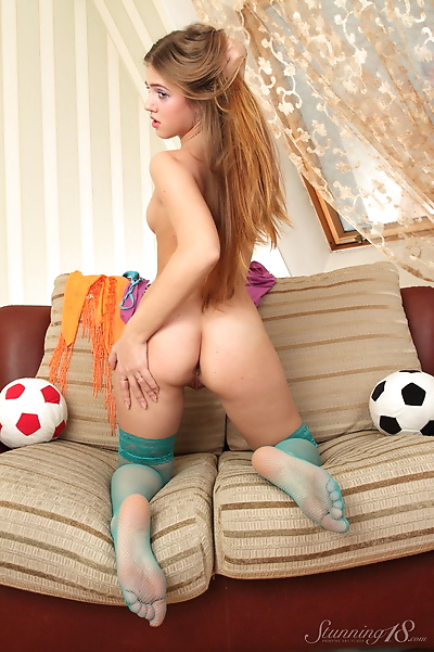 Erotic young Hanna A spreads..