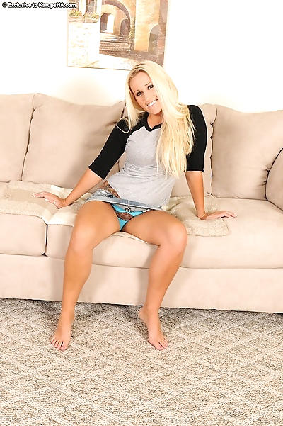Barefoot young blonde chick..