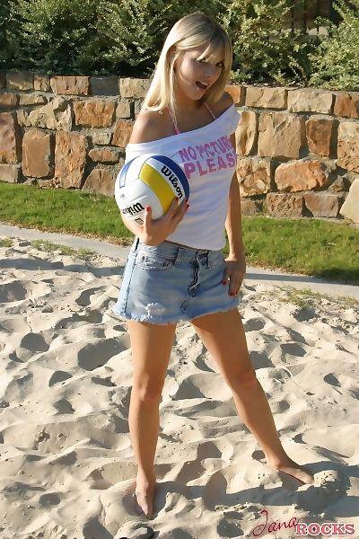 Appealing blond Jana Jordan..