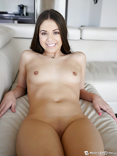 Amateur solo girl Lucy Doll..