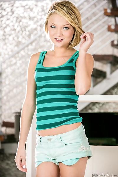 Innocent teen Dakota Skye..